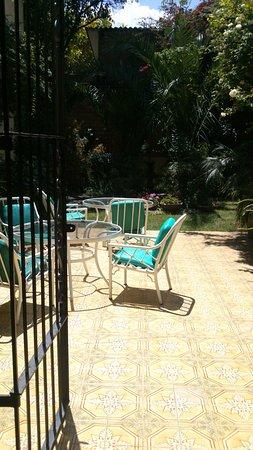Hotel Aranjuez Cochabamba: Terraza - Patio