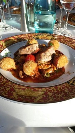 Grand Café und Restaurant im Coselpalais : Medaillons mit Pfifferlingen