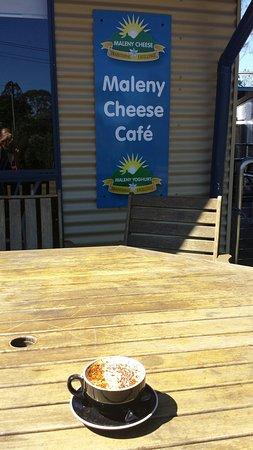 Maleny, Avustralya: Camel milk cappuchino