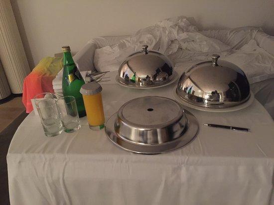 فندق ماميلا: Очень высокий уровень ! Шикарная гостиница ! Уровень обслуживания оччччень высокий !