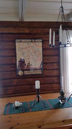 Vikersund, Норвегия: Inside Koboltkoia hut
