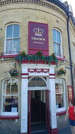 ‪The Crown Freehouse‬