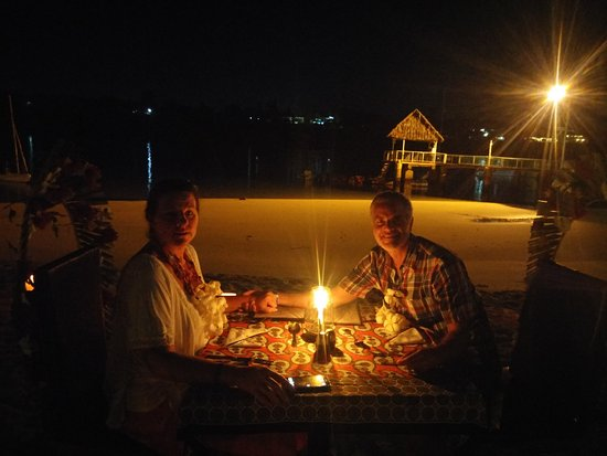 ‪‪Mnarani Hotel‬: Special meal on the beach for two‬