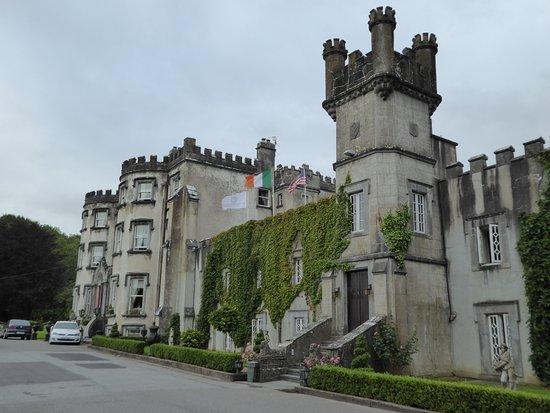 Ballyseede Castle: Main hotel building