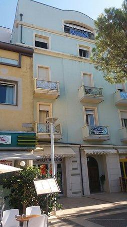 Residence La Marina: 20160827_162901_large.jpg