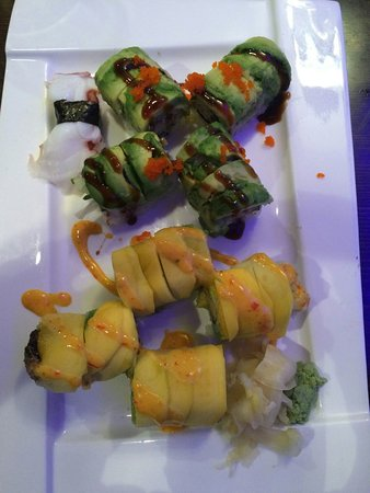 Jackson Heights, NY: Mango/eel and Avocado/eel sushi - tasted even better than it looked!