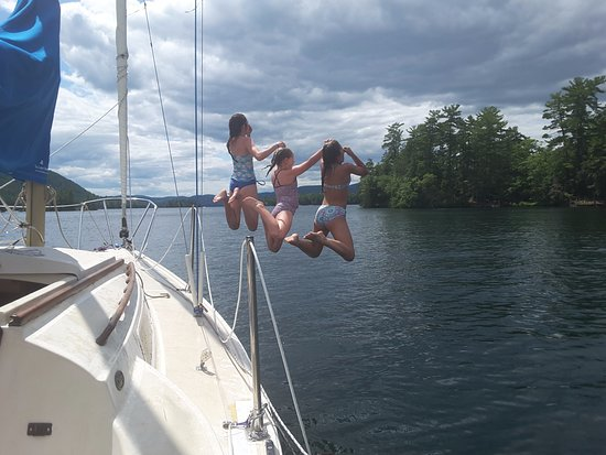 FR Smith & Sons Marina: Happy Campers on Lake George Thanks to Smith Marina