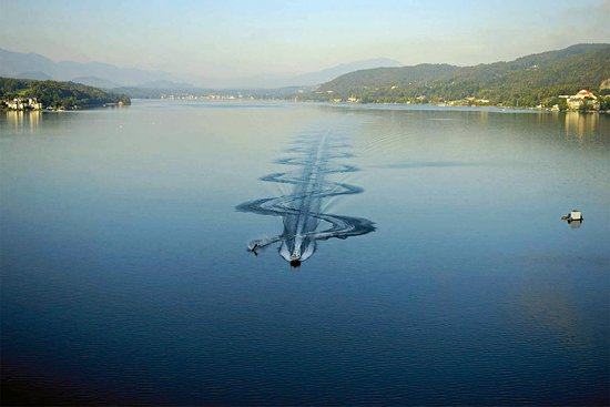 Lendorf, Avusturya: Waterskiing