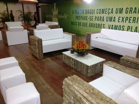 Amazon Jungle Palace: Lounge Amazônia Live