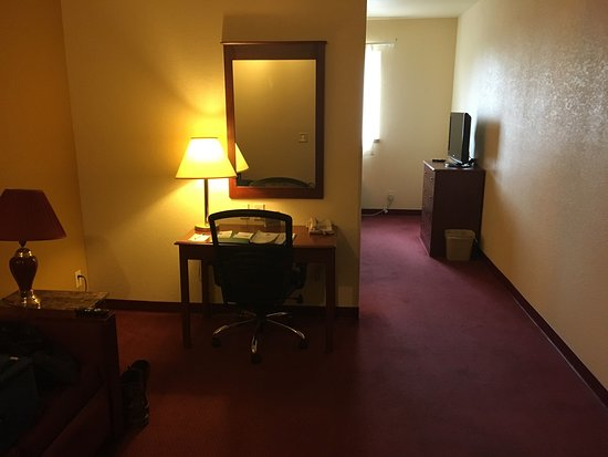 Quality Inn & Suites: photo0.jpg