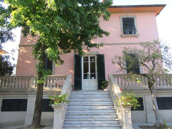 Villa Agnese B&B: La façade