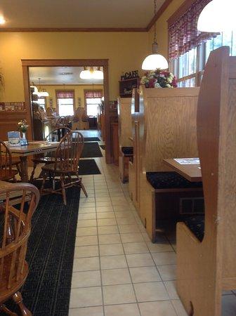 เมดฟอร์ด, วิสคอนซิน: Interior of the Medford Cafe