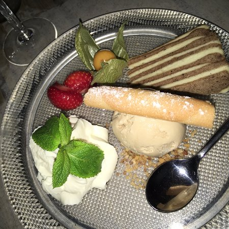 """""""petit"""" dessert..loved it and comes with coffee wich was also very good!"""