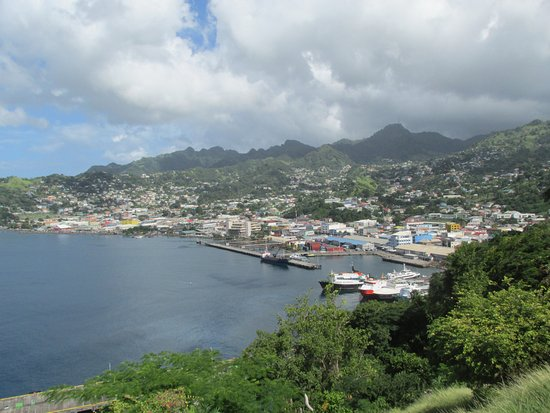 Fort Charlotte: Spectacular view of Kingston, St. VINCENT