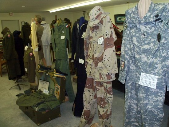 Ladysmith, WI: Military Uniforms