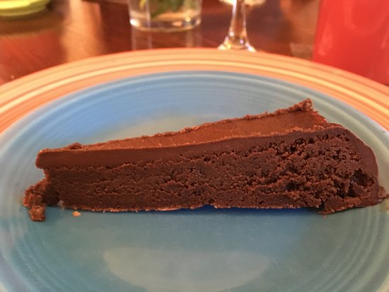 Sweet Biscuit Inn: three course breakfast, ended with a delicious chocolate cake