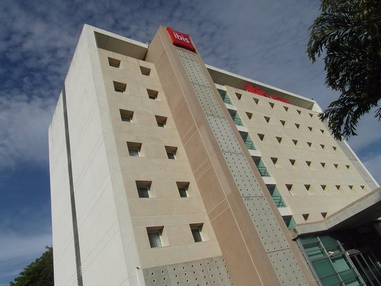 Hotel Ibis Merida Resmi