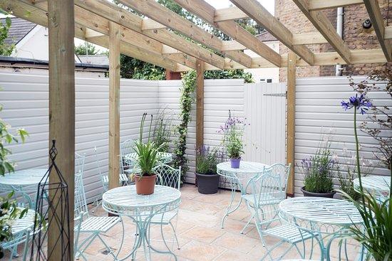 Surbiton, UK: Terrace