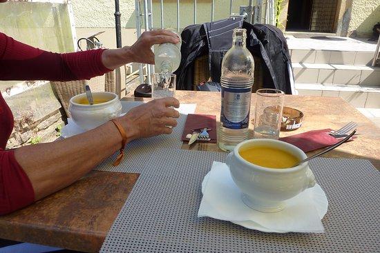 Eschdorf, Luxemburg: heerlijke soep