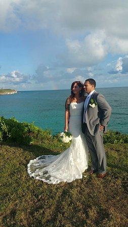 Gregory Town, Eleuthera: The views! Wedding Ceremony @ The Point