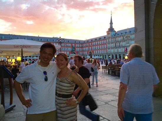 Gourmet Madrid Tours: sunset over Madrid