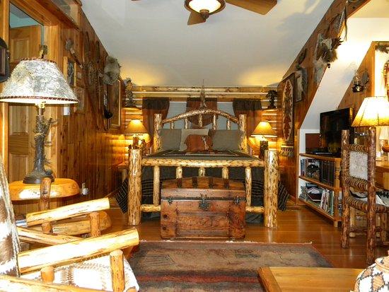 Minocqua, WI : Western Suite - Cowboy BR 1