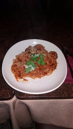 Bellini's Retaurant: Delicious Meatballs in fresh Sauce
