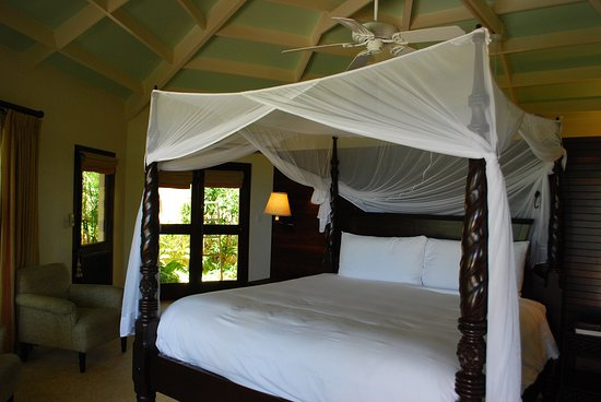 Jumby Bay, A Rosewood Resort: Rondavel room