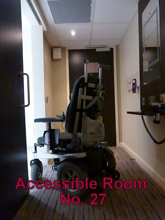 Polmont, UK: Accessible Room No. 27