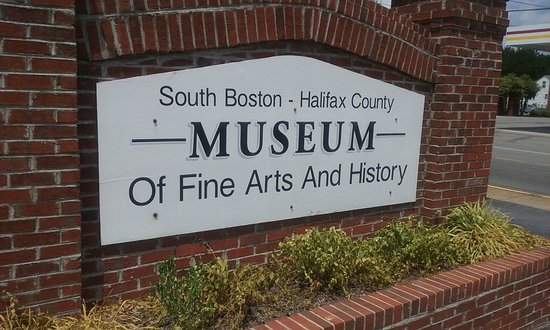 South Boston, VA: Signage
