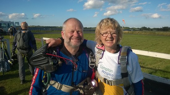 Whitchurch, UK: My wife and Tandem instructor before boarding the plane