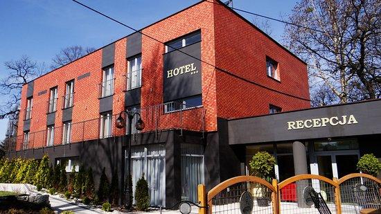 Ruda Slaska, Polonia: Hotel w ogrodzie