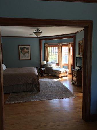 Bloomington, IN: Roosevelt Room