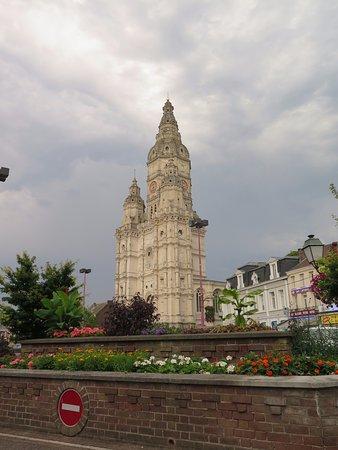Saint-Amand-les-Eaux, Francia: Барочная башня аббатства Сент-Аман