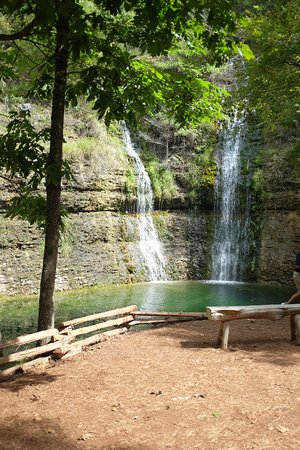 Lampe, MO: One of many waterfalls in park
