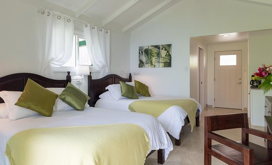 Windwardside, Saba: Ocean-view room