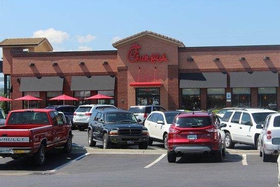 Elizabethton, Теннесси: store front