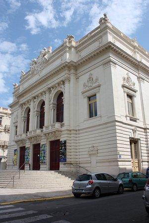 hvad er super Fransk avenue Theatre