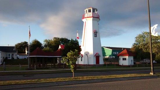 Campbellton Lighthouse Hostel: Outside