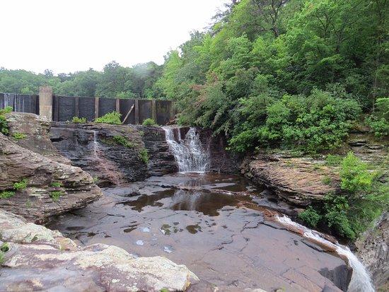 Mentone, AL: both waterfalls