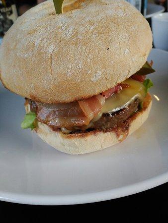 Spectacular Burgers