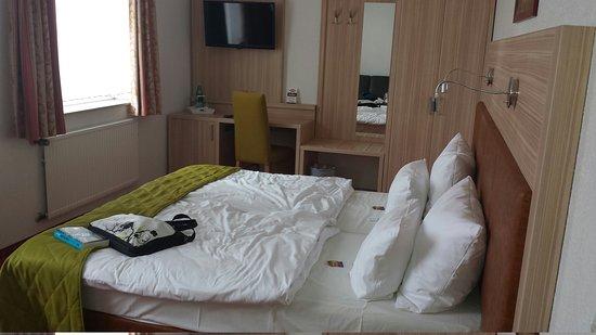 City Hotel: IMG-20160829-WA0000_large.jpg