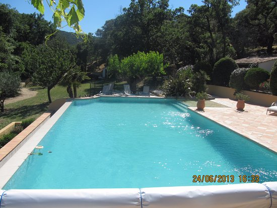 Plan de la Tour, Fransa: la piscine