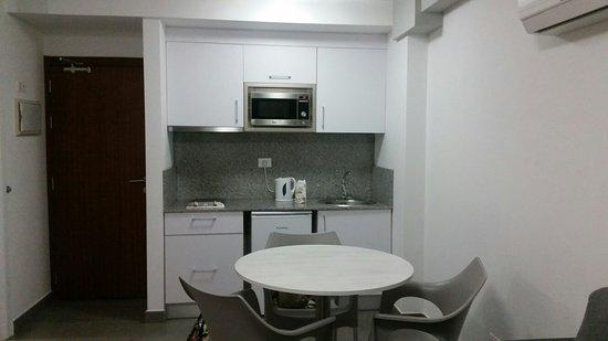 Apartamentos Castillo de Sol: Absolutely Stunning apartments, Fantastic central location, Great entertainment......can't wait