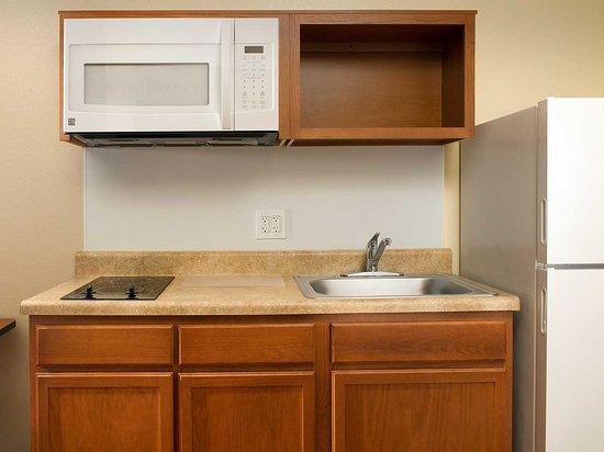 Jeffersontown, Kentucky: In-Room Kitchen