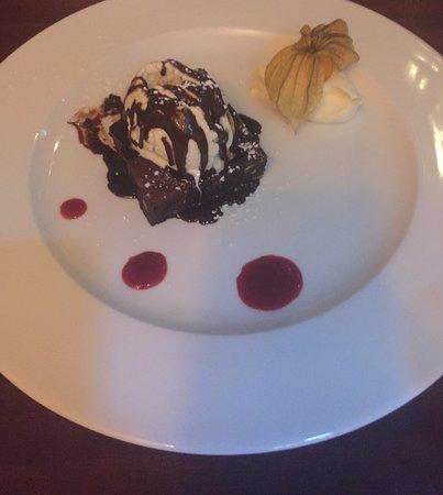 The Coachouse Bistro: Brownie..Delicious