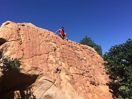 Hekpoort, Afrique du Sud : Hikes and scenic places are all close by!