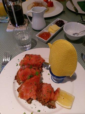 Hillside Lodge: Petit déjeuner inoubliable !!!
