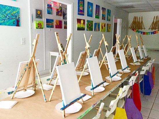 Trazos Art Academy
