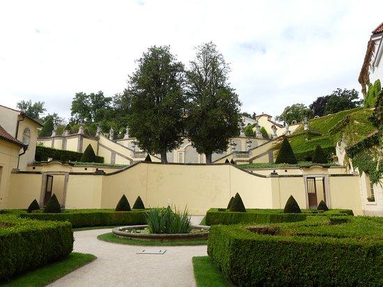 The Vrtba Garden : Вид от входа в сад